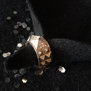 Jewelry - STATEMENT ring